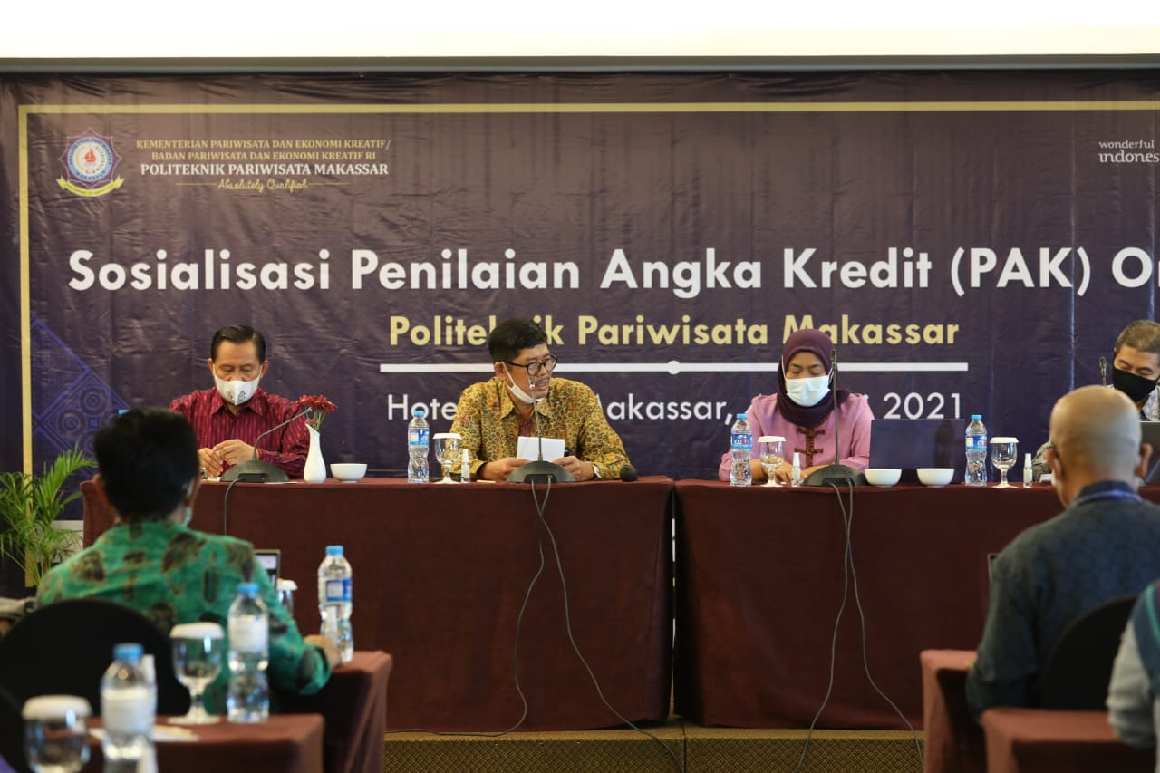 Politeknik Pariwisata Makassar melaksanakan kegiatan Sosialisasi Penilaian Angka Kredit (PAK) Online tahun 2021